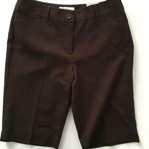Chico's 0.5 Smooth Stretch Bermuda Shorts Brown